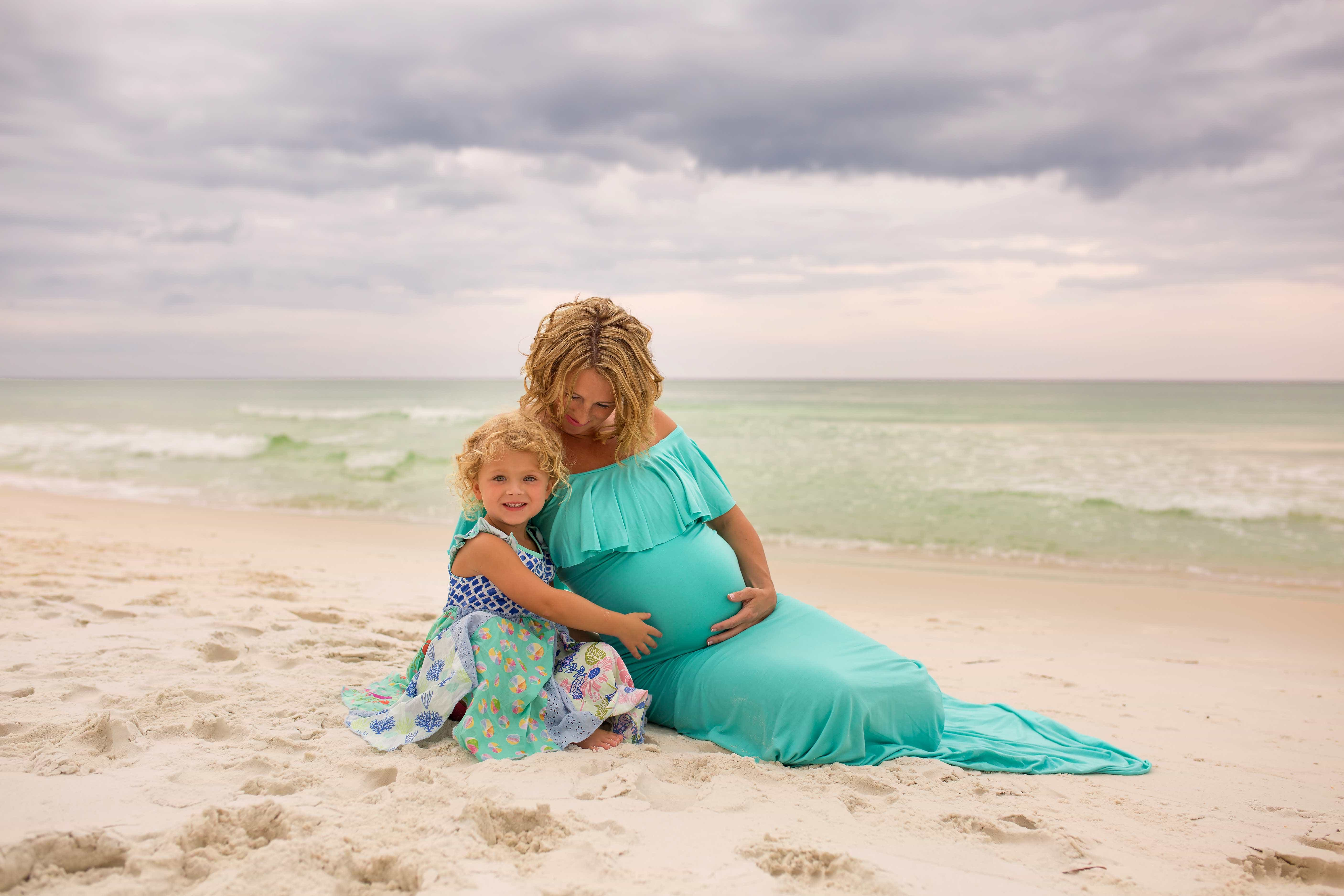 Mother and Daughter Beach Pictures